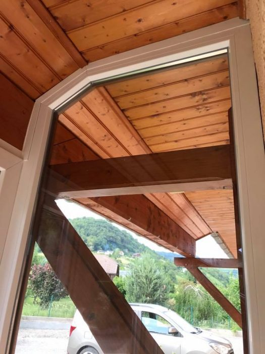 Installation de porte de garage sectionnelle, volets roulants solaire, fenêtres pvc imitation bois