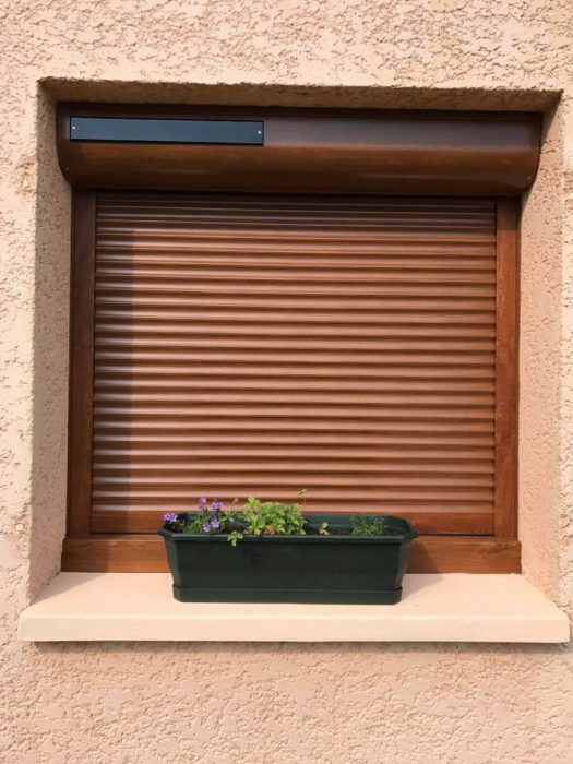 Installation De Porte De Garage Sectionnelle Volets Roulants
